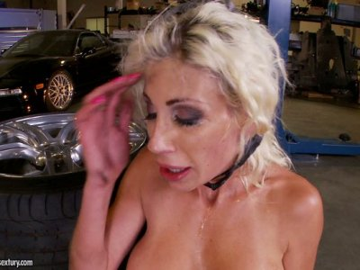 Loose cunt of extremely busty blonde MILF Puma Swede gets railed