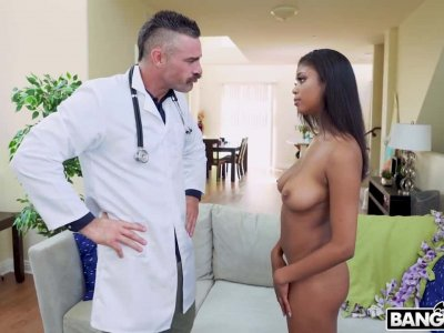 Nia Nacci Gets Fucked by The Doctor