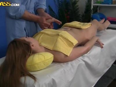 Pale pornstar Viola gets shagged by dirty masseur