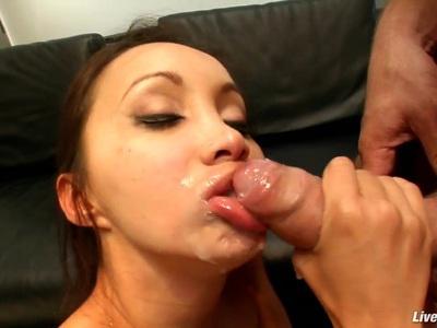 LiveGonzo Katsuni Likes a Big Dick in Her Asian Ass