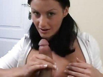 Very sexy bitch enjoys fellatio